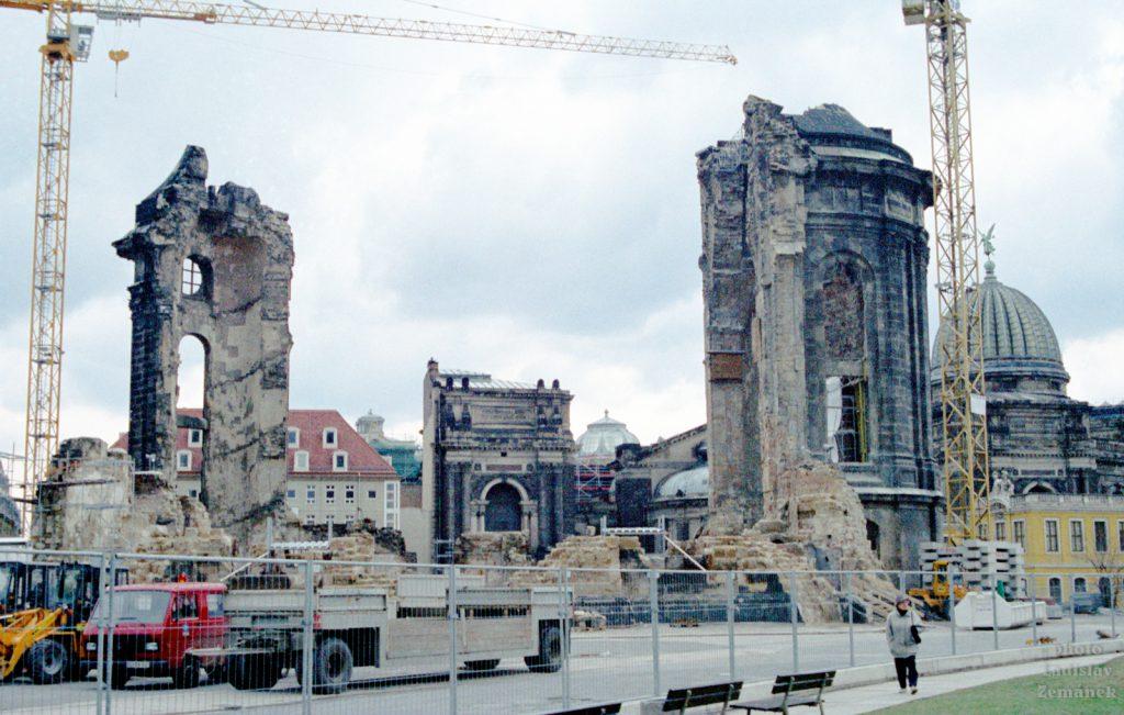 Drážďany - obnova Frauenkirche