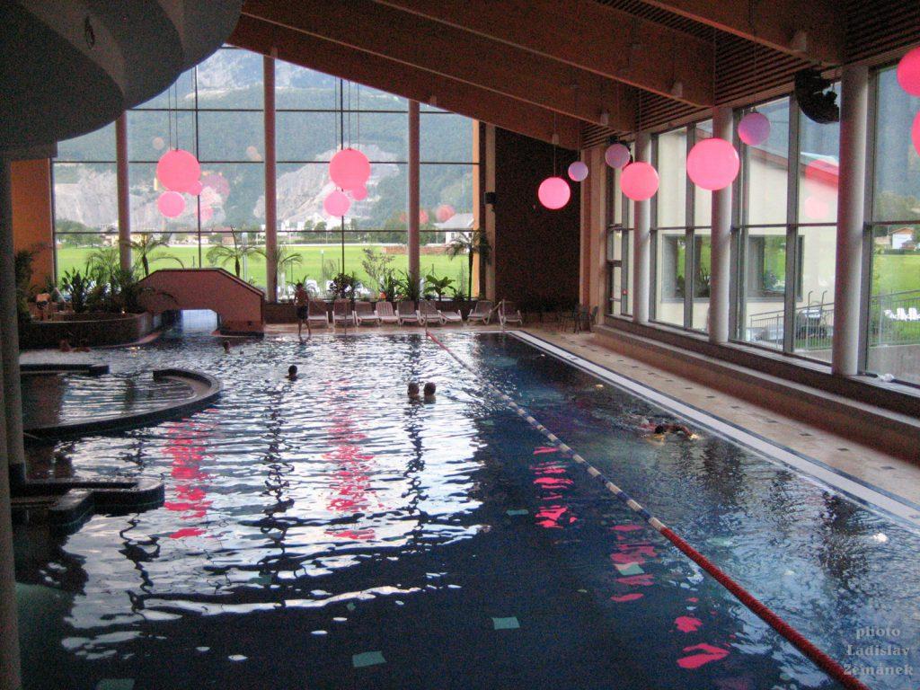 Golling - bazén