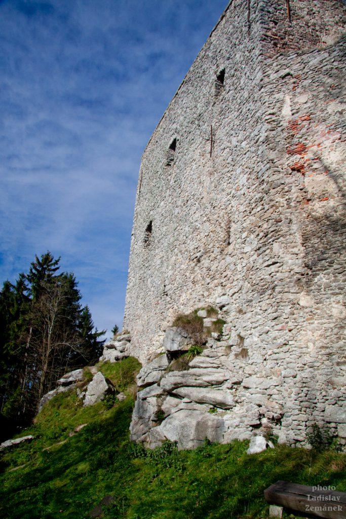 Nejvýše položený hrad v ČR - Vítkův Kámen