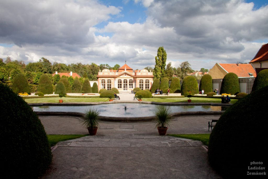 Zahrady Černínského paláce
