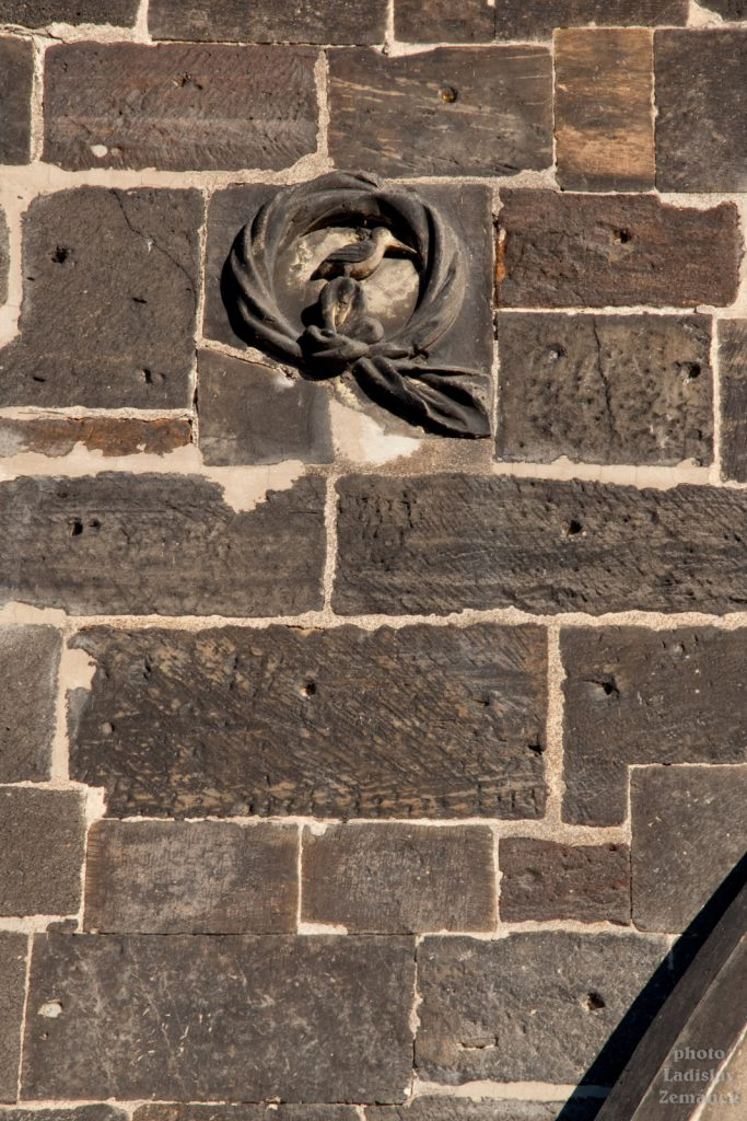detail Mostecké věže