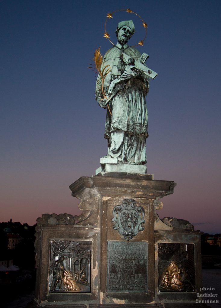 Jan Nepomucký na Karlově mostě