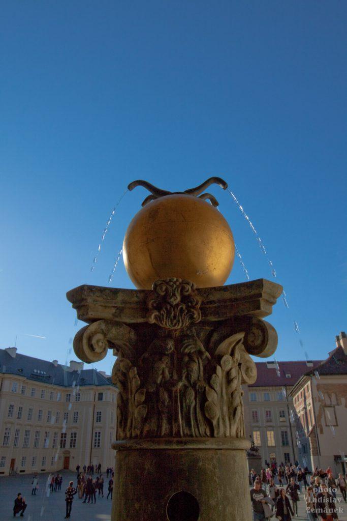 Pražský hrad - Orlí kašna