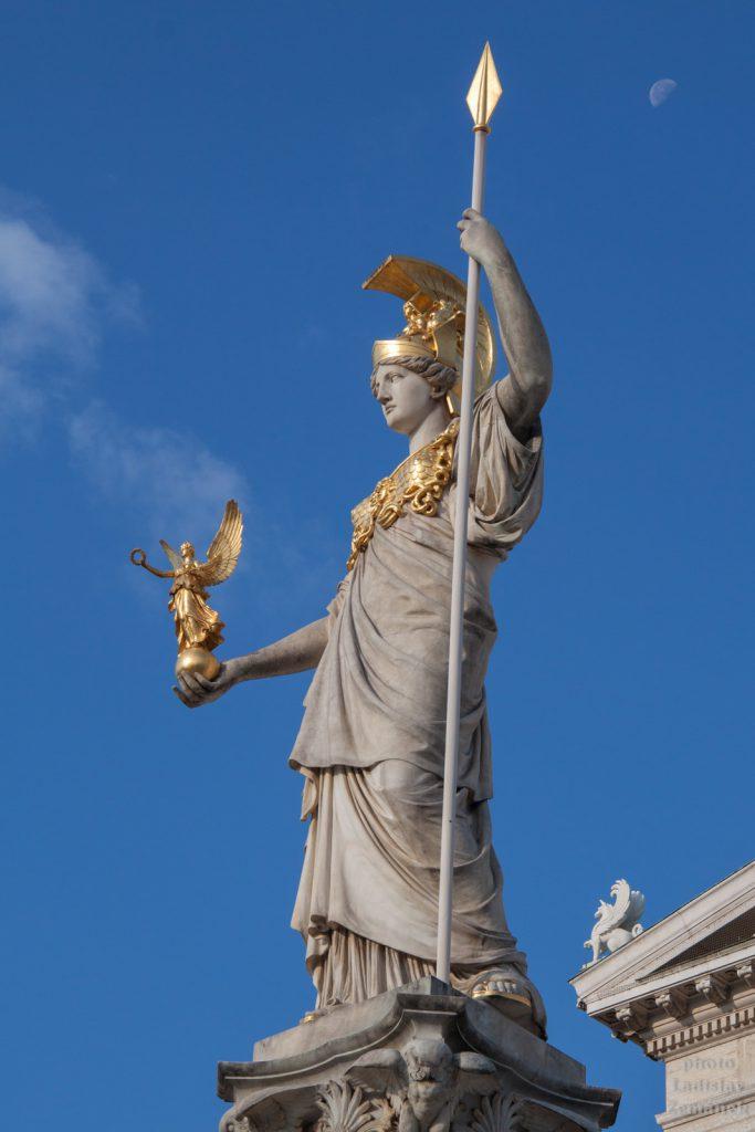 Bohyně Pallas Athéna - Vídeňský parlament