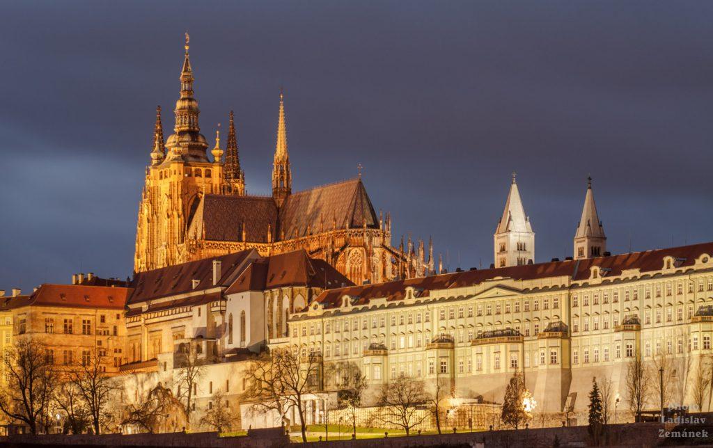 Večerní Pražský hrad