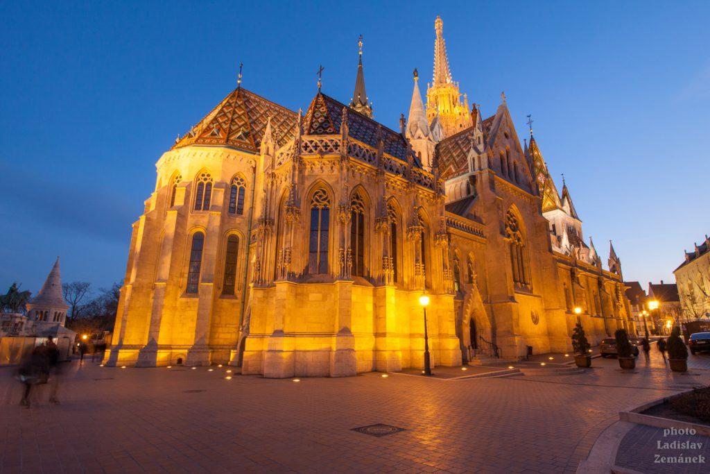 Budapešť - večerní Matyášův chrám