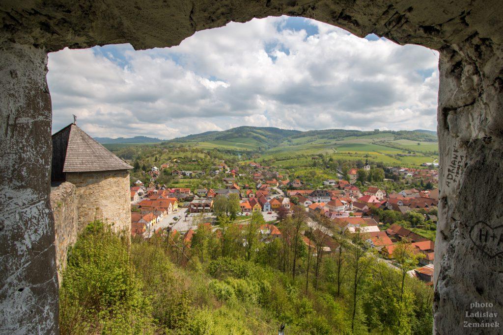 Brumov - výhled z hradu