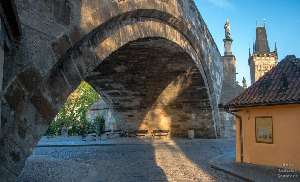 Karlův most - mostní oblouk
