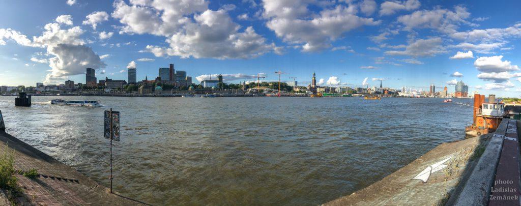 Hamburk - Labe od přístavu