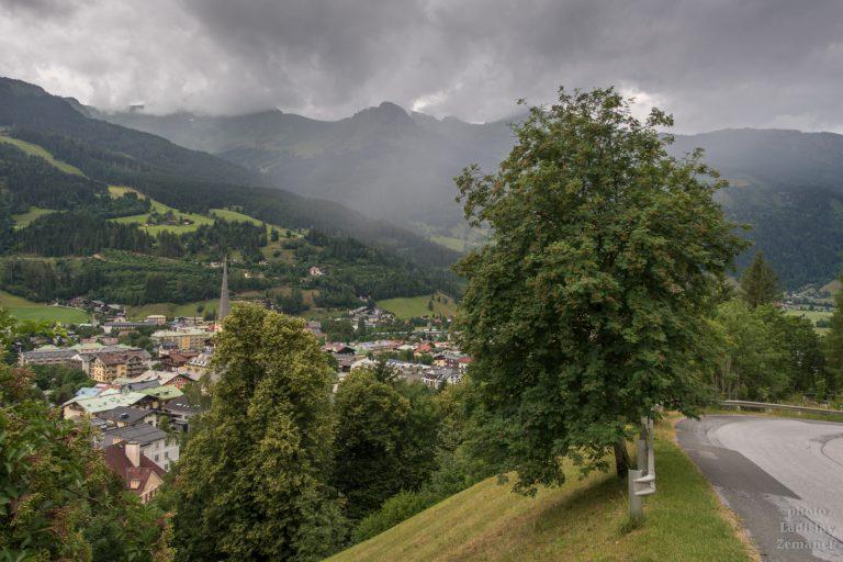déšť v údolí