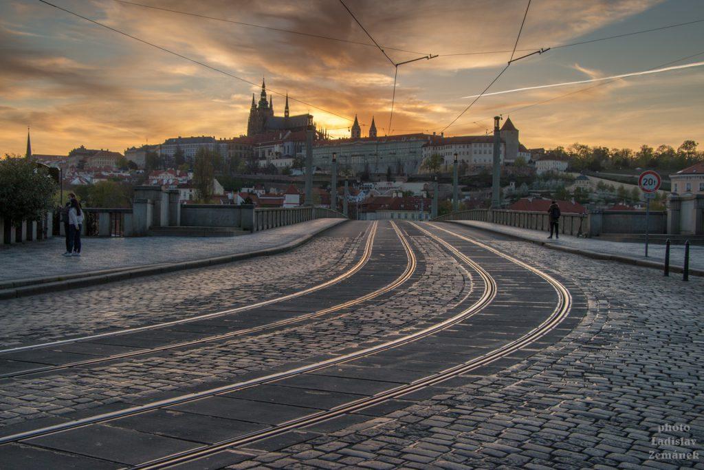 Mánesův most bez lidí