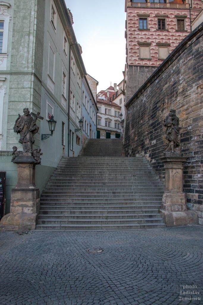 Radnické schody bez lidí