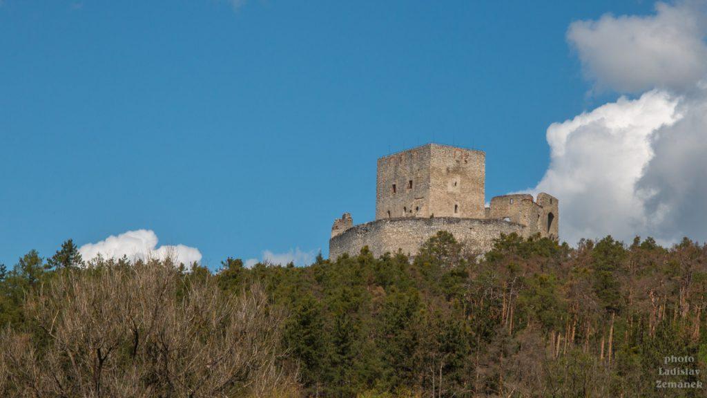 Rabí - výhled na hrad
