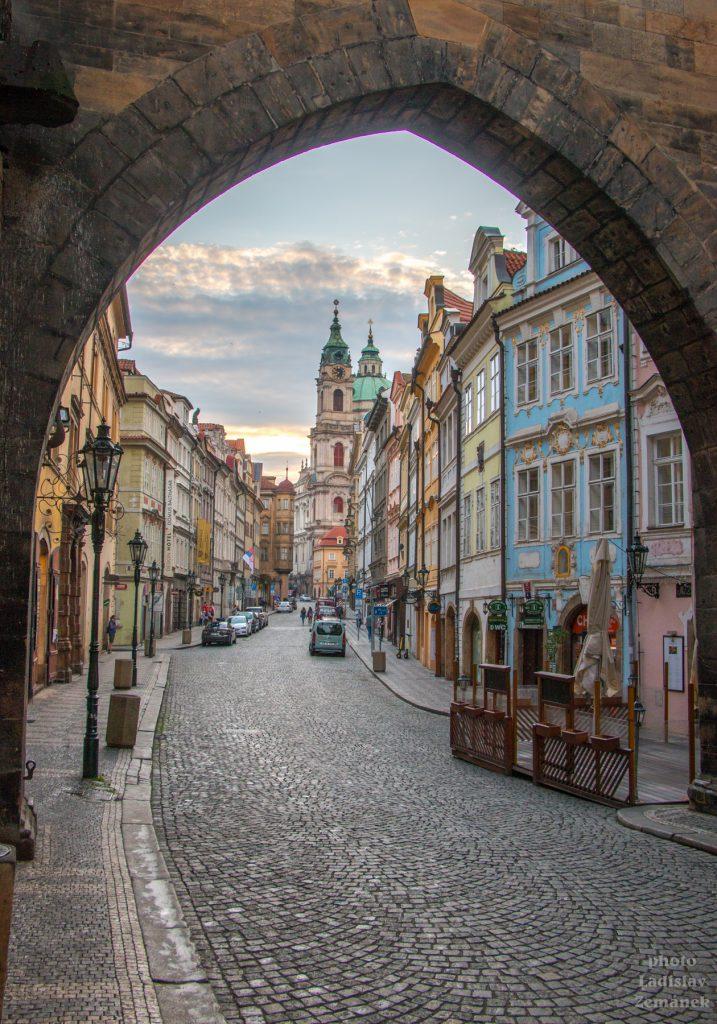 Praha bez lidí - Mostecká ulice