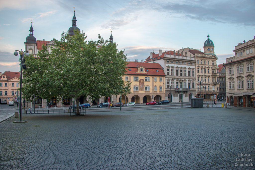 Praha bez lidí - Malostranské náměstí