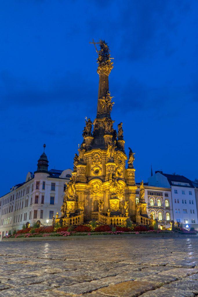Večerní Olomouc - Morový sloup