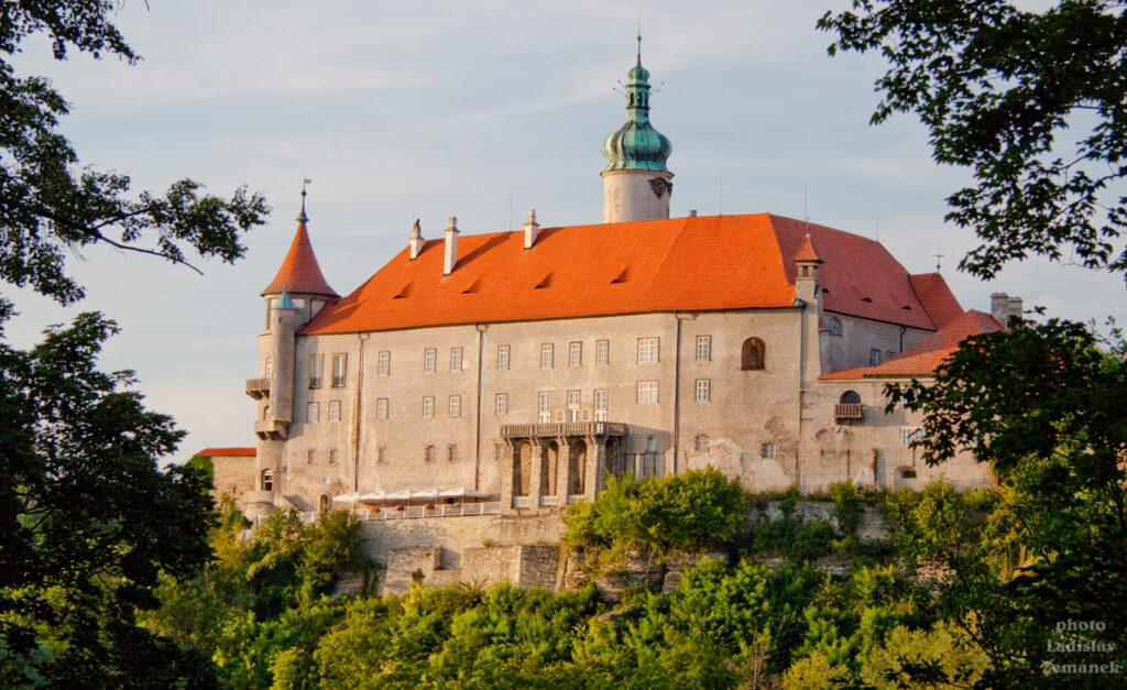Nové Město nad Metují - zámek