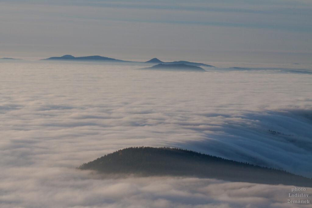 Ještěd - výhled nad mraky - inverze