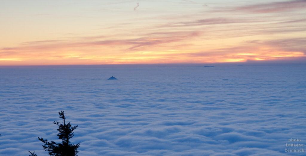 Ještěd - výhled nad mraky
