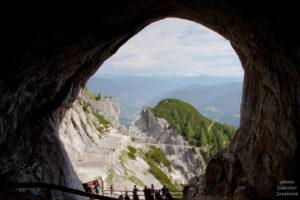 Výhled od jeskyně Eisriesenwelt