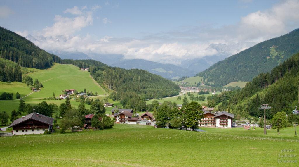 Výšlap na Bischlinghöhe a výhledy na Tennengebirge
