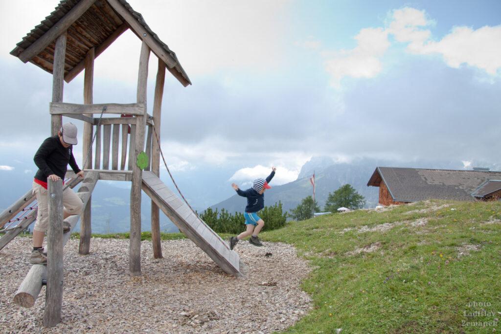 Dětské hřiště na Bischlinghöhe