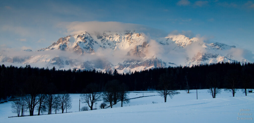 Ramsau am Dachstein při západu slunce