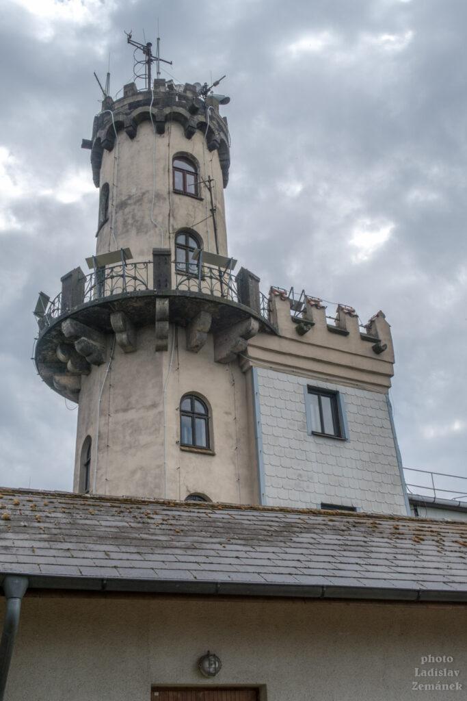 Milešovka - meteorologická stanice