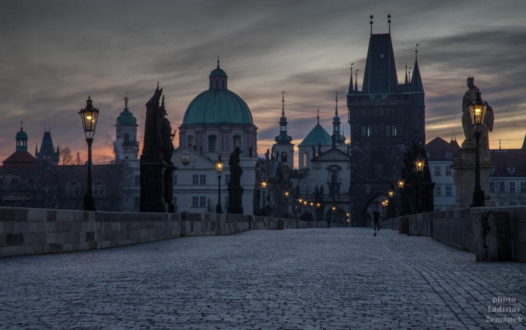 Karlův most - svítání