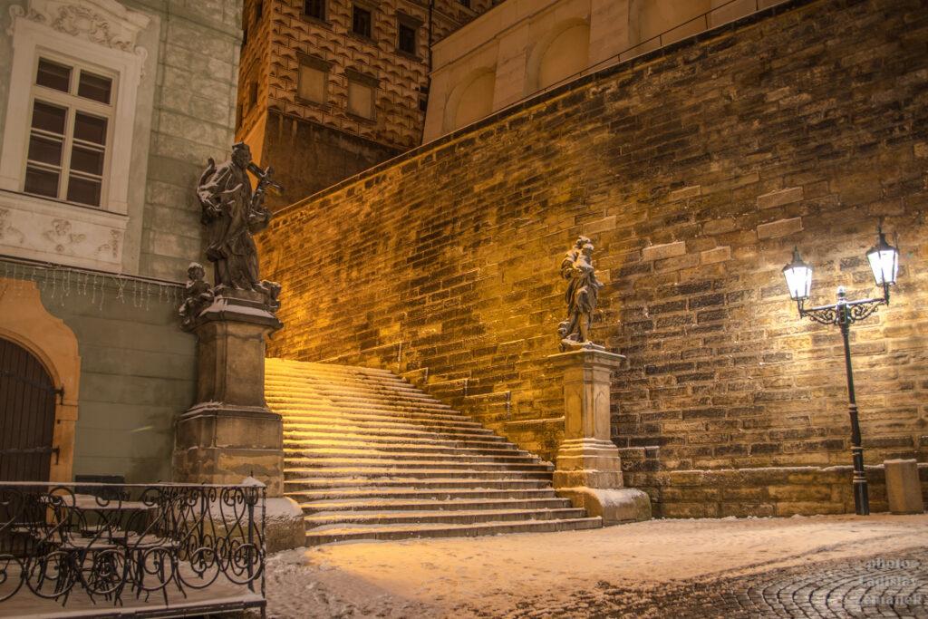 Zimní Radnické schody