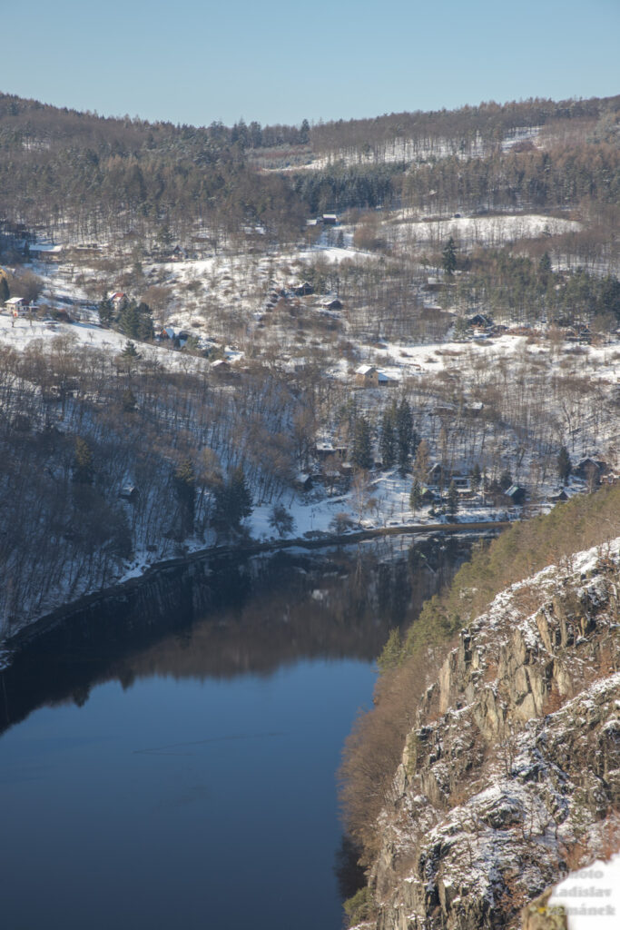 vyhlídka Bednář - v.n. Štěchovice a bývalé Svatojanské proudy