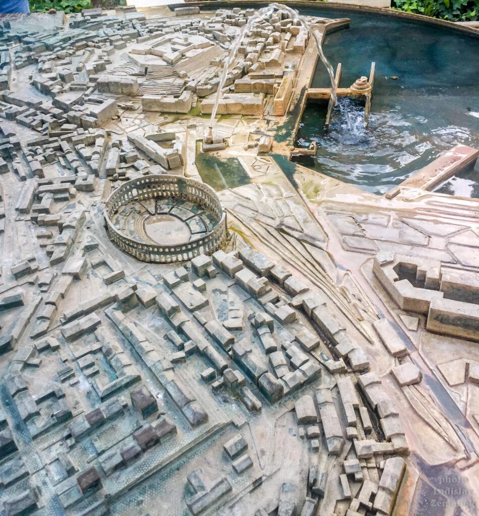 Pula - model města