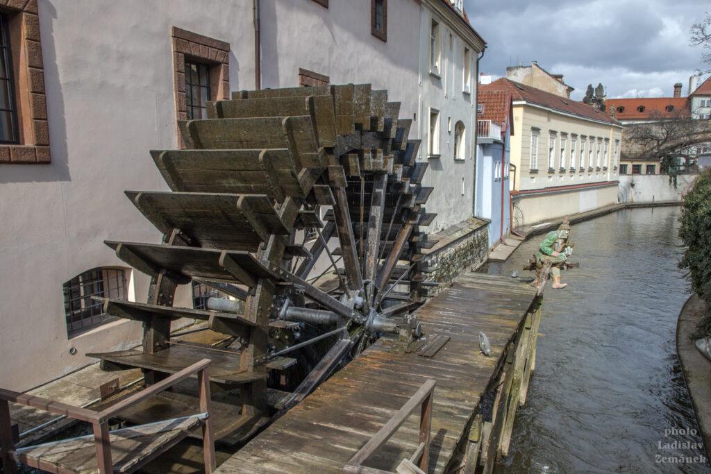 Čertovka - mlýnské kolo