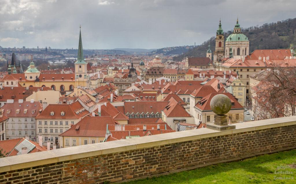 Výhled na Malou Stranu - Jižní zahrady Pražského hradu
