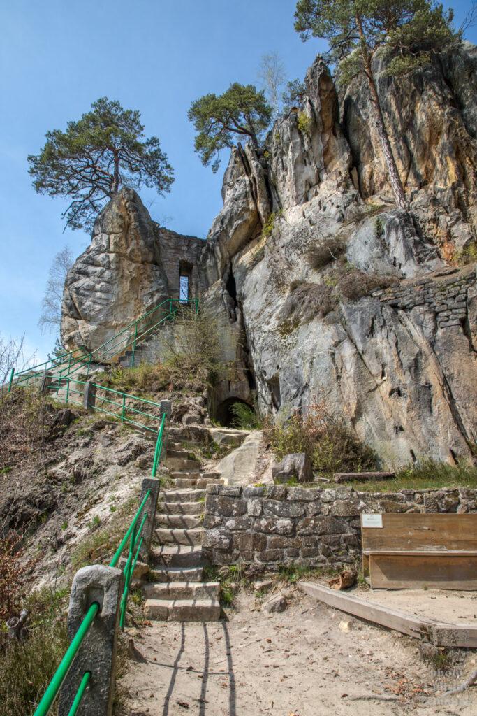 Český ráj - skalní hrad Vranov - Pantheon