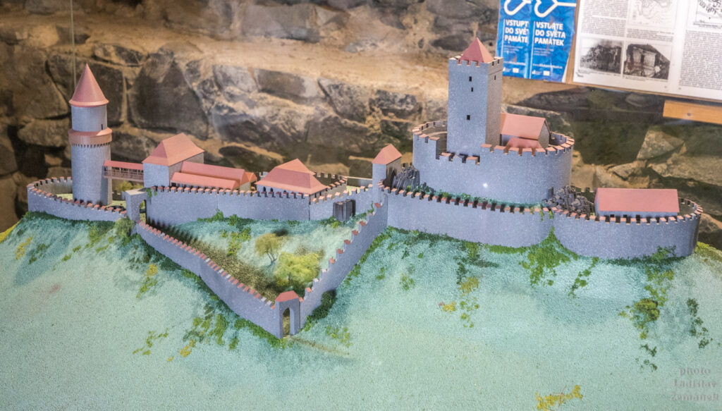 hrad hazmburk - model