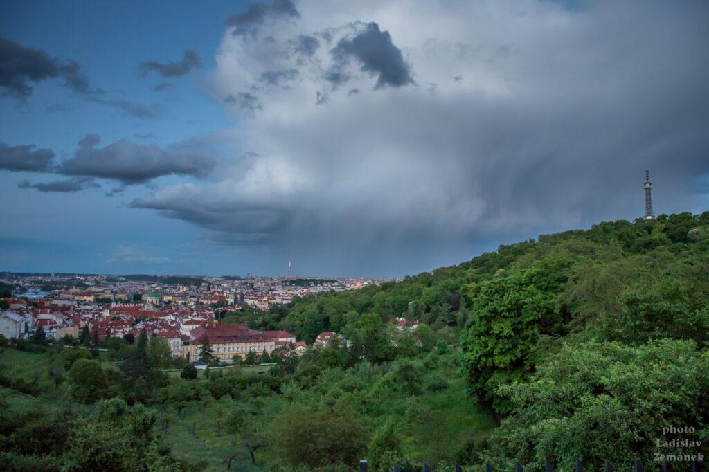 Déšť nad Prahou