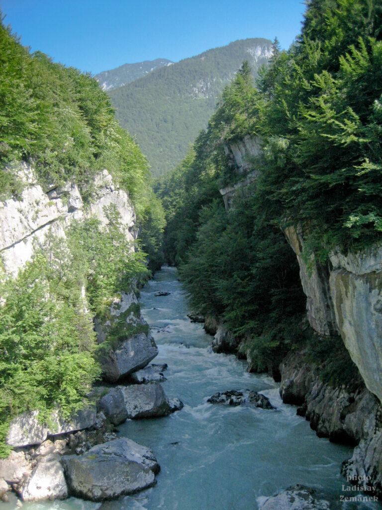 Řeka Salzach v soutěsce u Gollingu