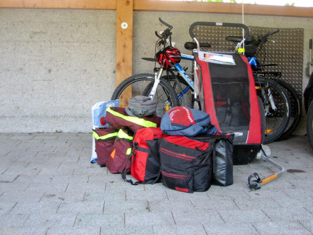 kola, brašny a vozík - Tauernská cyklostezka