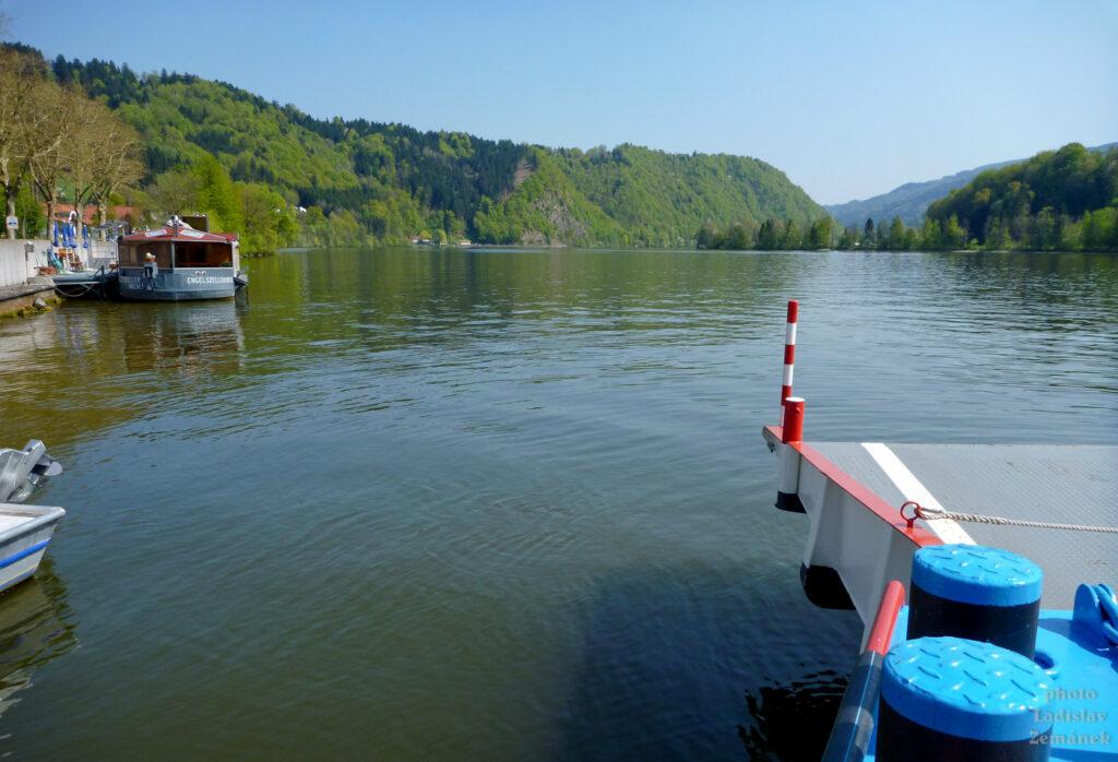 přívoz na Dunaji u Pasova