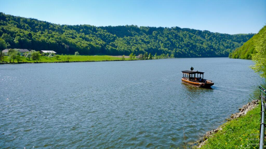 přívoz na Dunaji