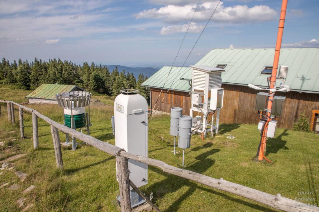 meteorologická stanice na Šeráku