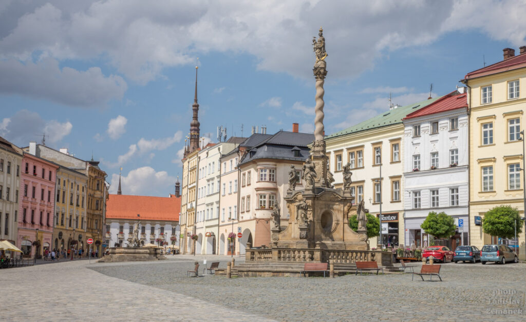 Olomouc - Dolní náměstí - morový sloup