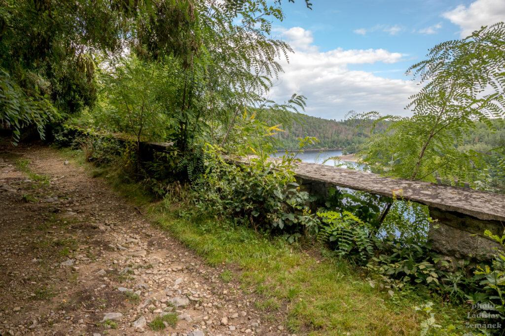 Varta - stará silnice do údolí