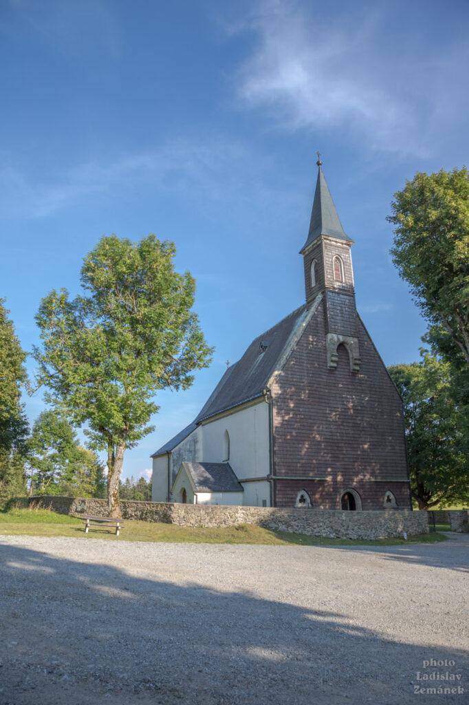 Svatý Tomáš - kostel