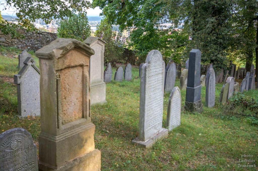 Horažďovice - vrch Loreta - židovský hřbitov