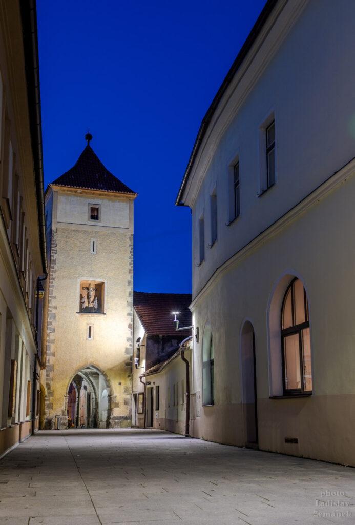 Večerní Horažďovice - Červená brána